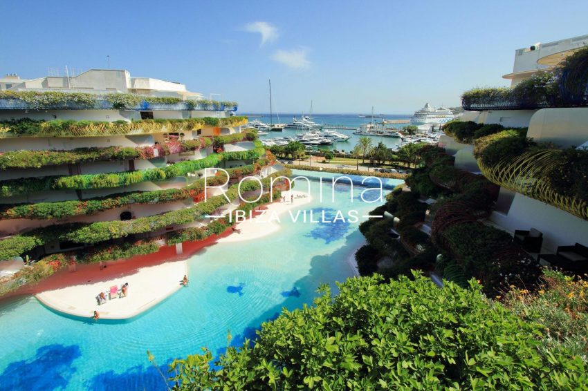 APTO LAS BOAS1pool sea view