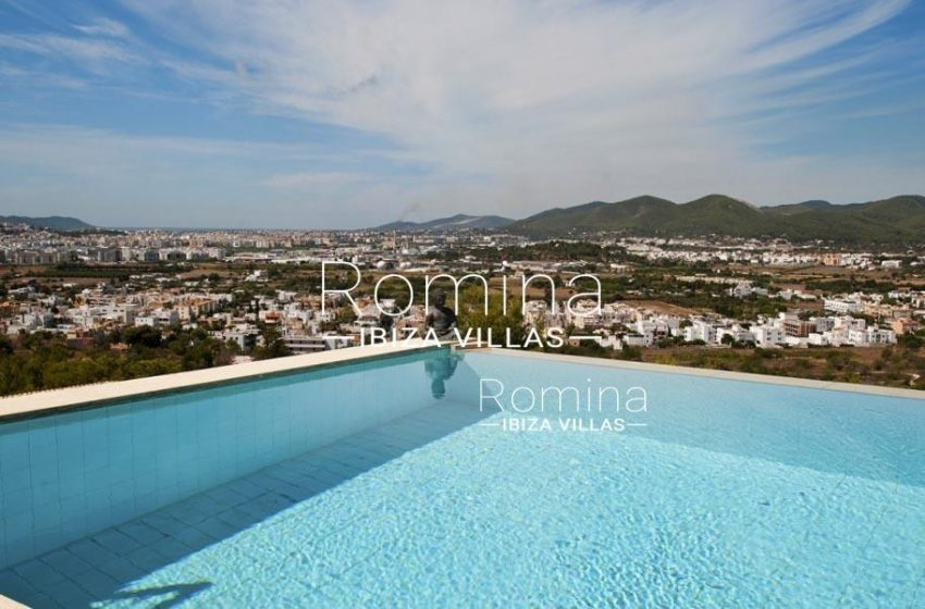 IBIZA PROPERTY VILLA VISTAS1swimming pool view hills