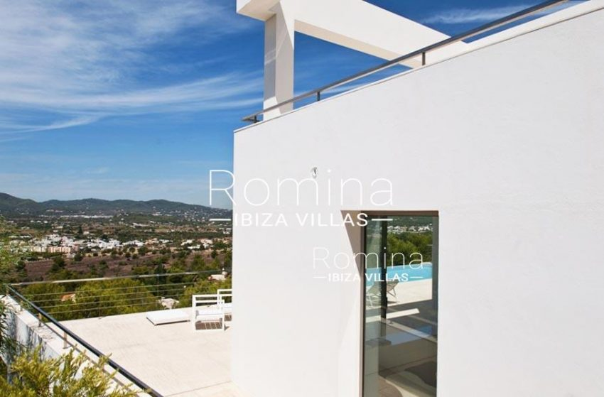 IBIZA PROPERTY VILLA VISTAS1terrace view