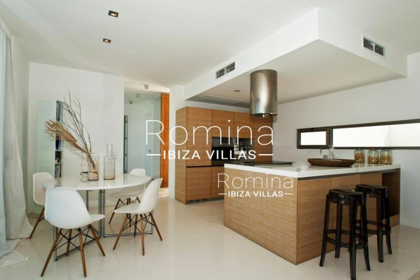IBIZA PROPERTY VILLA VISTAS3kitchen dining area