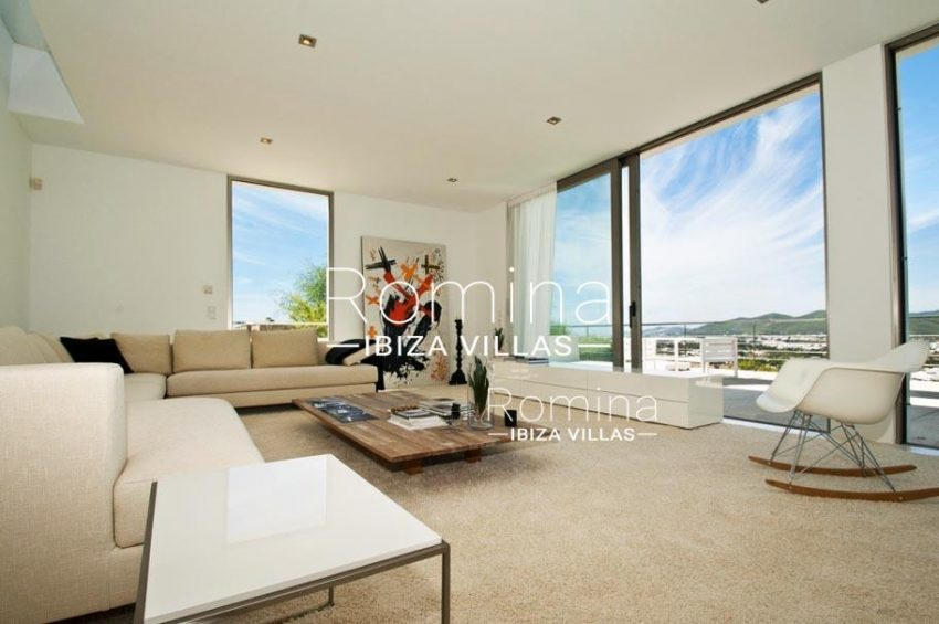 IBIZA PROPERTY VILLA VISTAS3living room seaview