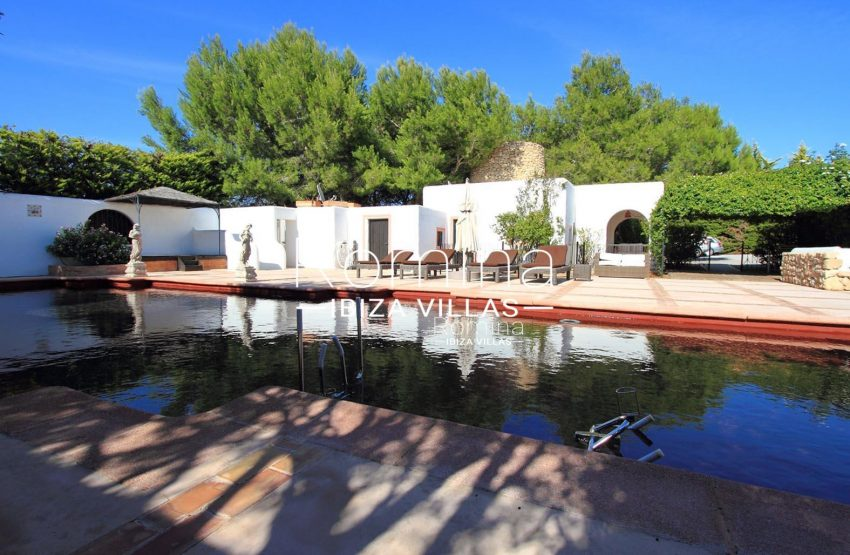 PROPERTY IBIZA VILLA ARCO2swimmingpool