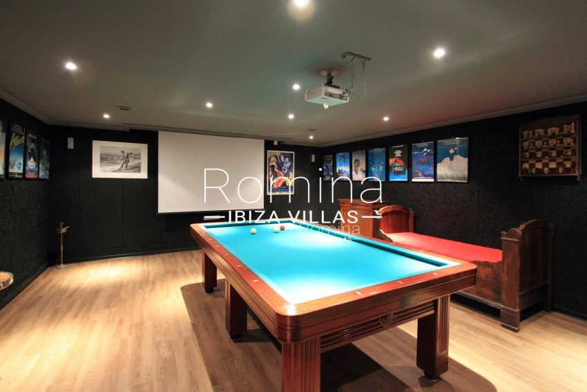 PROPERTY IBIZA VILLA ARCOhome cinema billiard