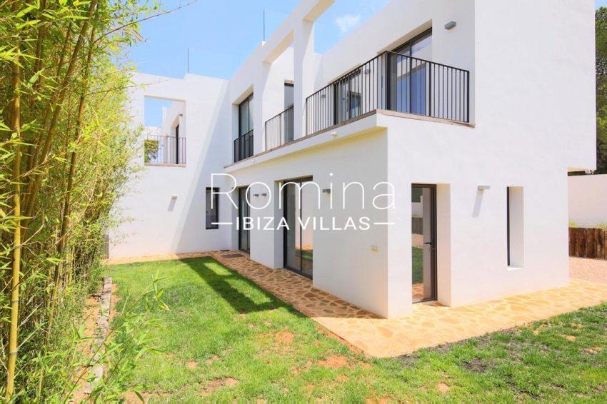 villa real ibiza-l2awn facade detail