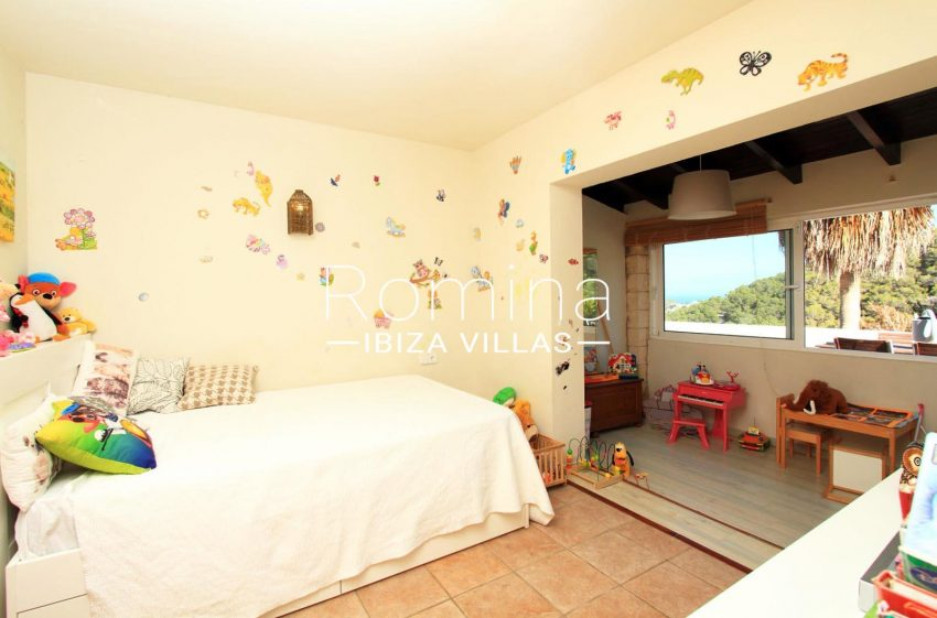 ADOSADO VISTA MAR JESUS4bedroom kids
