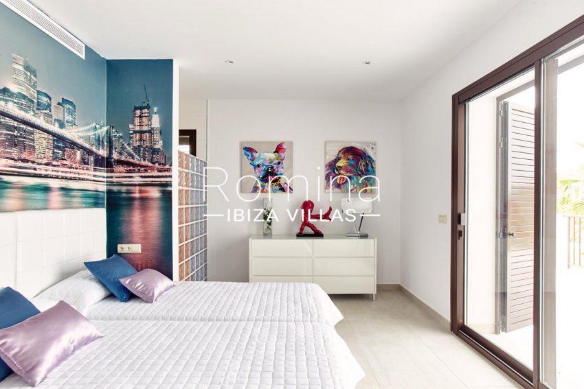 CASA XAB4bedroom1