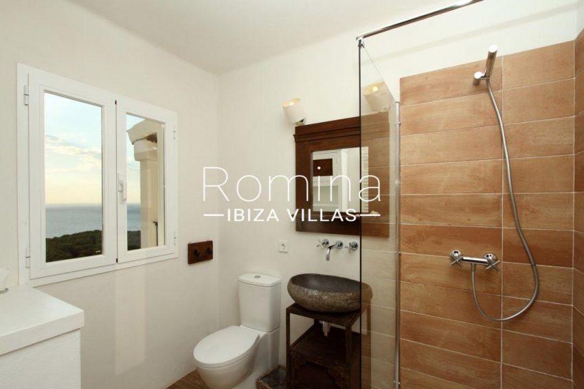 solyluna ibiza-shower room 031