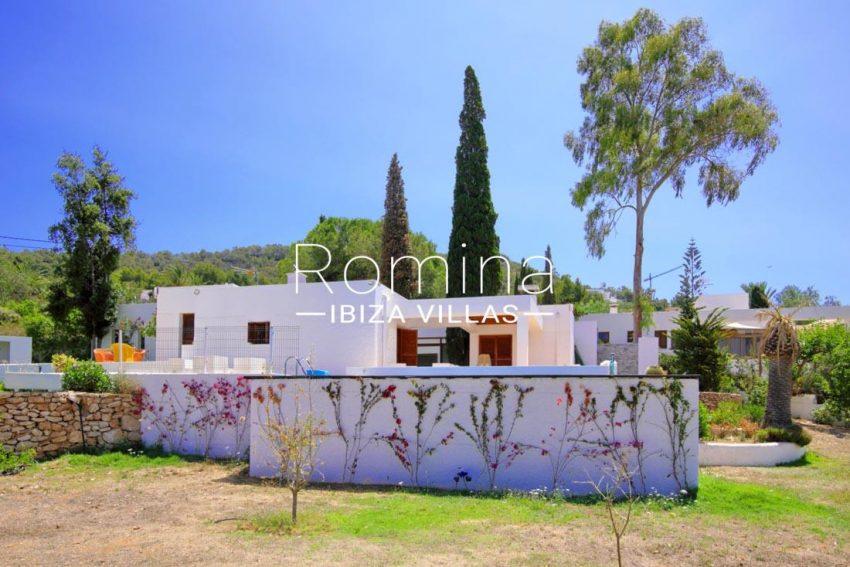 villa lhasa ibiza-2side facade3
