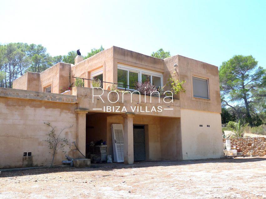 casa conta campo ibiza - 2rear facade3