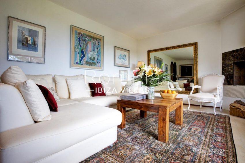 casa roca llisa g ibiza-3living room