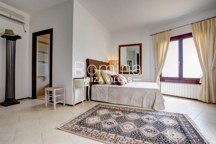 casa roca llisa g ibiza-4bedroom1bis