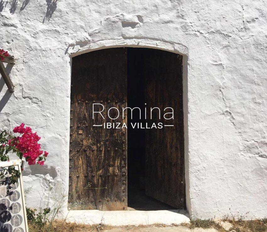 finca antigua ibiza-2entrance wooden double door
