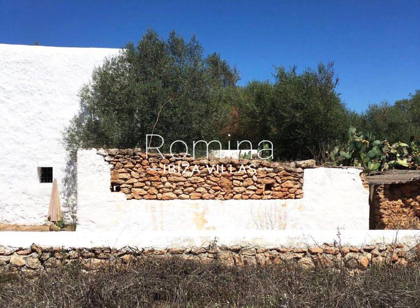 finca antigua ibiza-2exterior stone wall