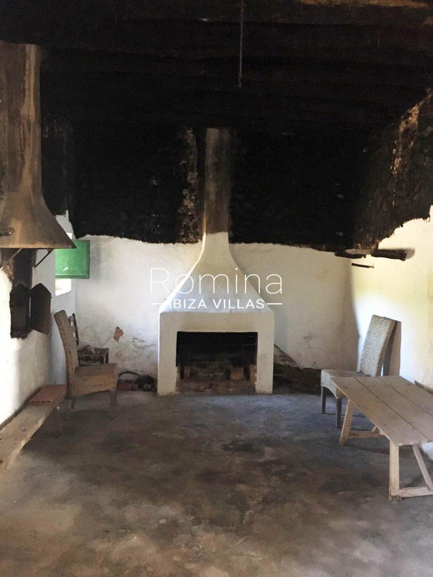 finca antigua ibiza-3kitchen fireplace2