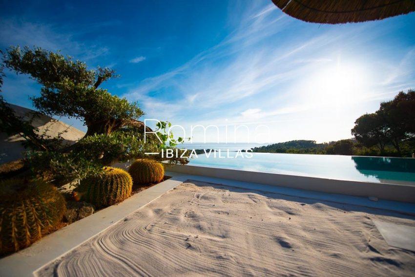 villa heaven fiesta-1pool garden sea view