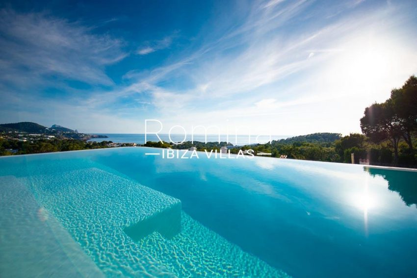 villa heaven fiesta-1pool sea view