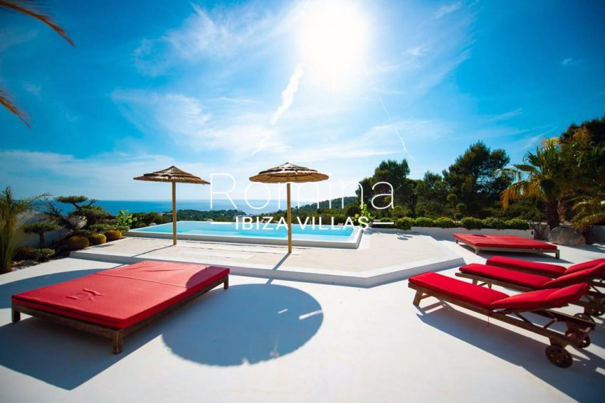 villa heaven fiesta-1pool terrace sea view3
