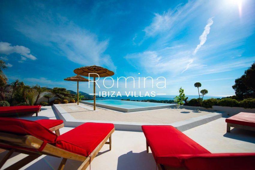 villa heaven fiesta-1pool terrace sea view4