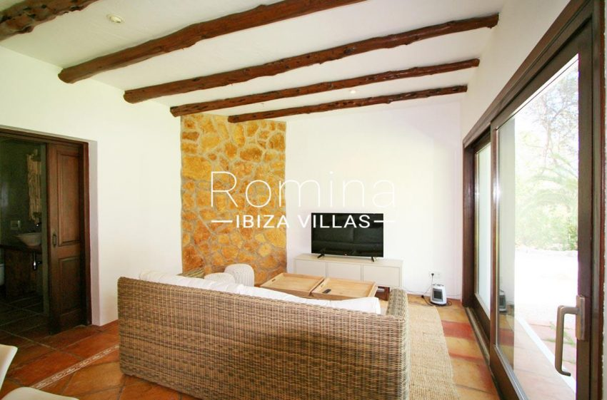villa rustica ibiza-3TV room