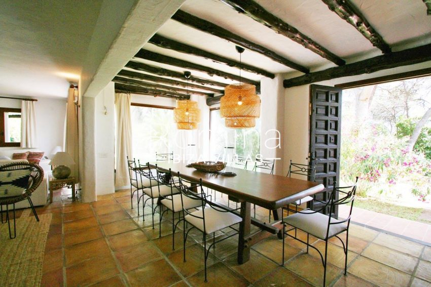 villa rustica ibiza-3zdining room