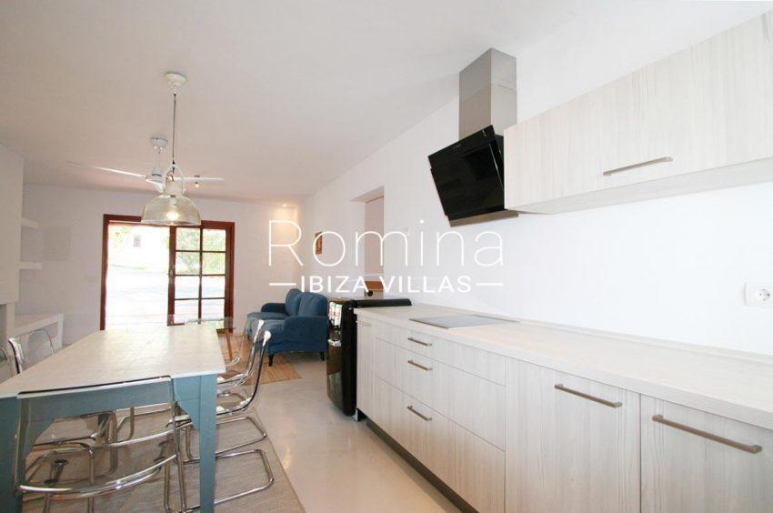 villa rustica ibiza-3zkitchen guest house