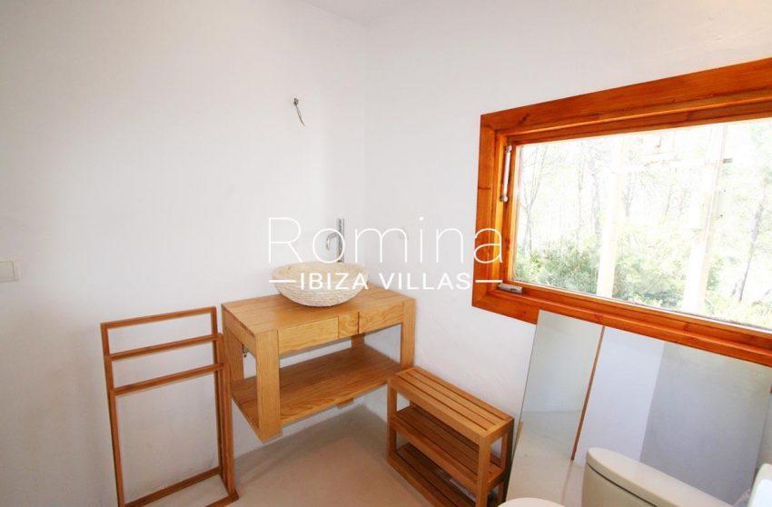 villa rustica ibiza-5bathroom