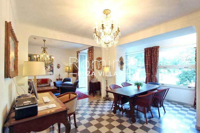 apartamento mercat vell-3dining room2