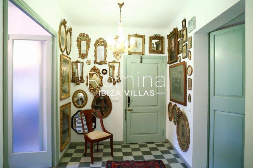 apartamento mercat vell-3vestibule14