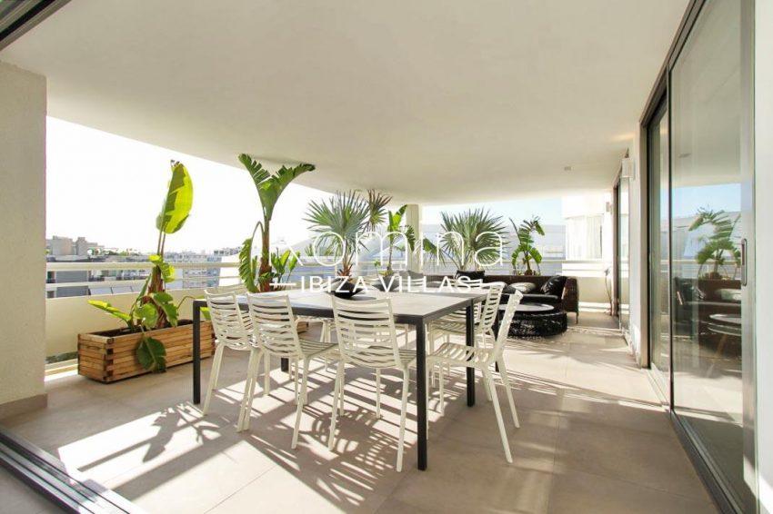 atico moderno-2terrace dining sitting area5