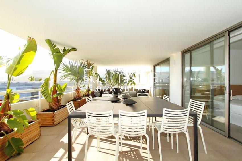 atico moderno-2terrace diningsitting area4