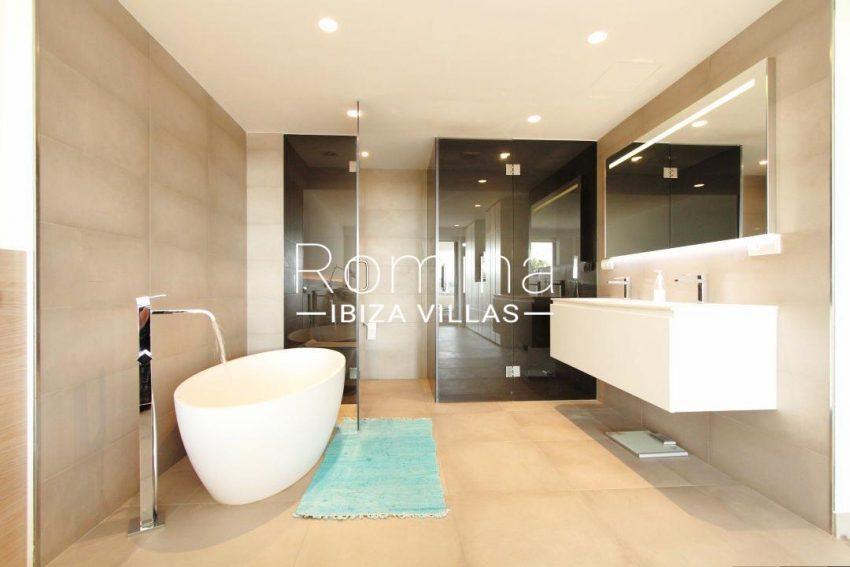 atico moderno-5bathroom17