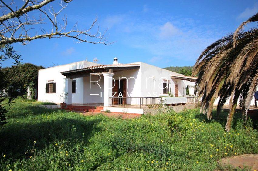 casa campina-2facade porch
