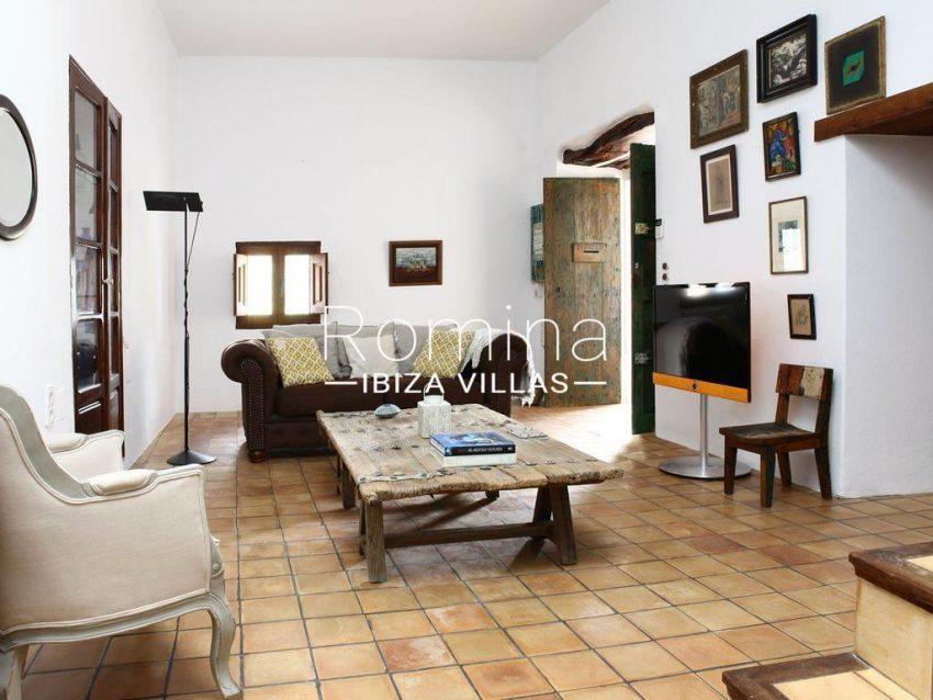 cas agusti ibiza-3living room2