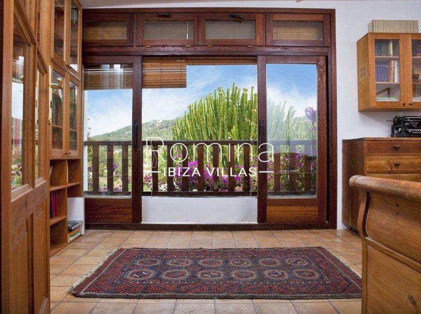 cas agusti ibiza-4bedrom balcony