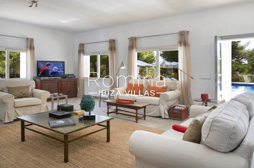 casa bonita-3living room2