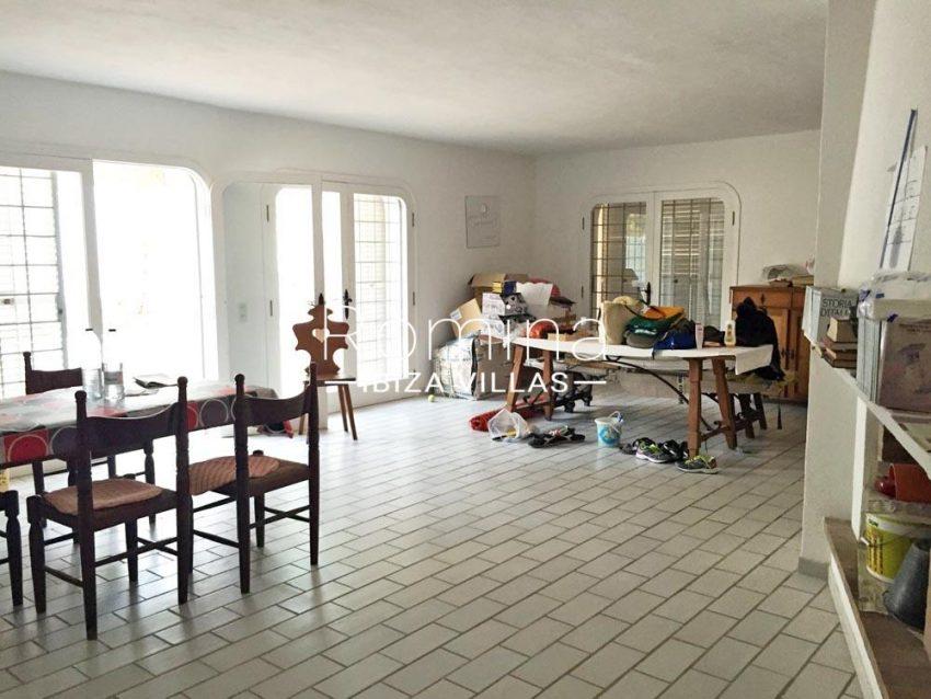 casa los arboles-3living room