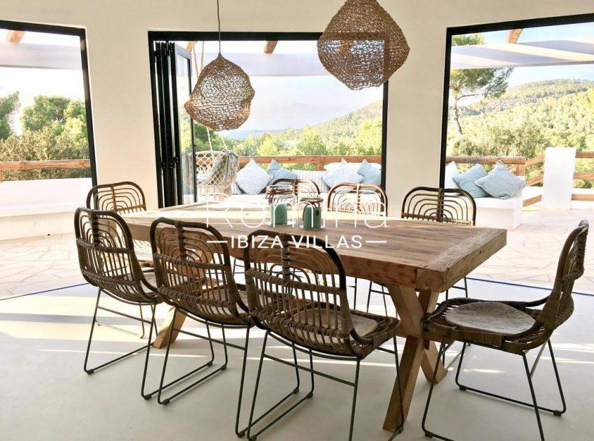 villa corazon-3dining room sea view