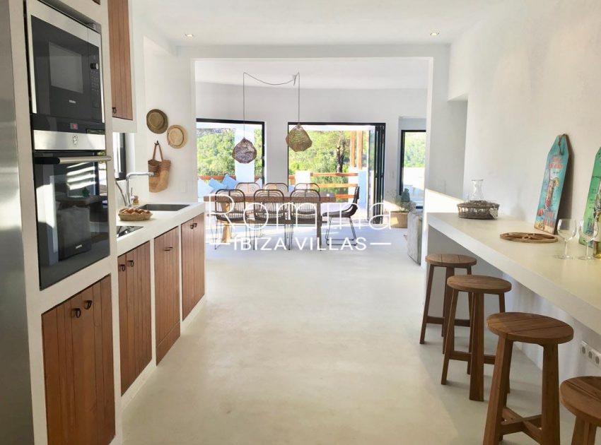 villa corazon-3zkitchen dining room