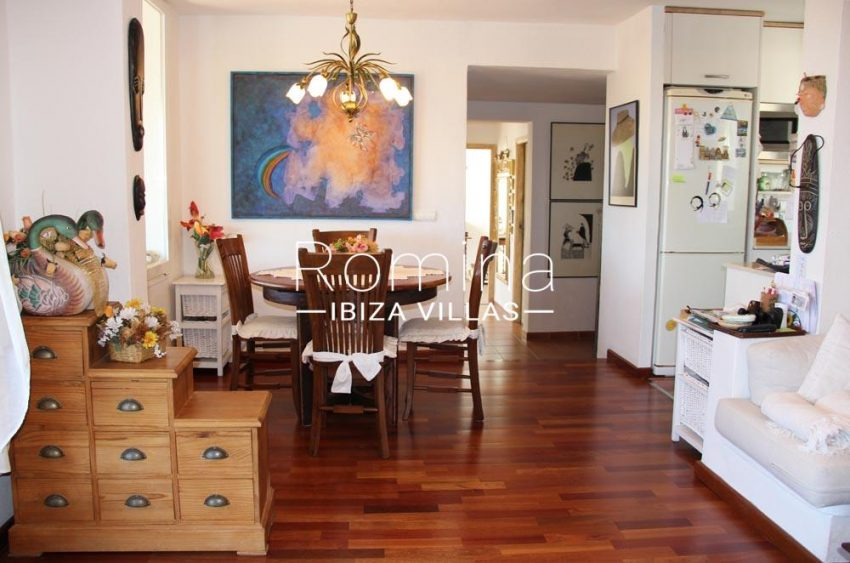 casa aldor-3dining room