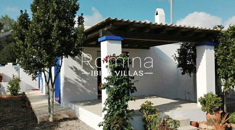 casa azul-2porch facade