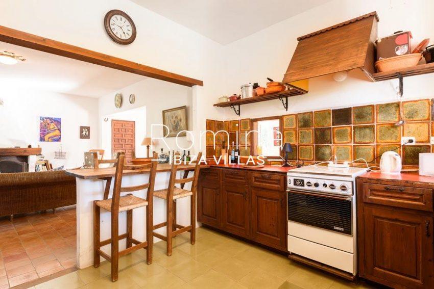 casa pergola-3zkitchen 1st floor