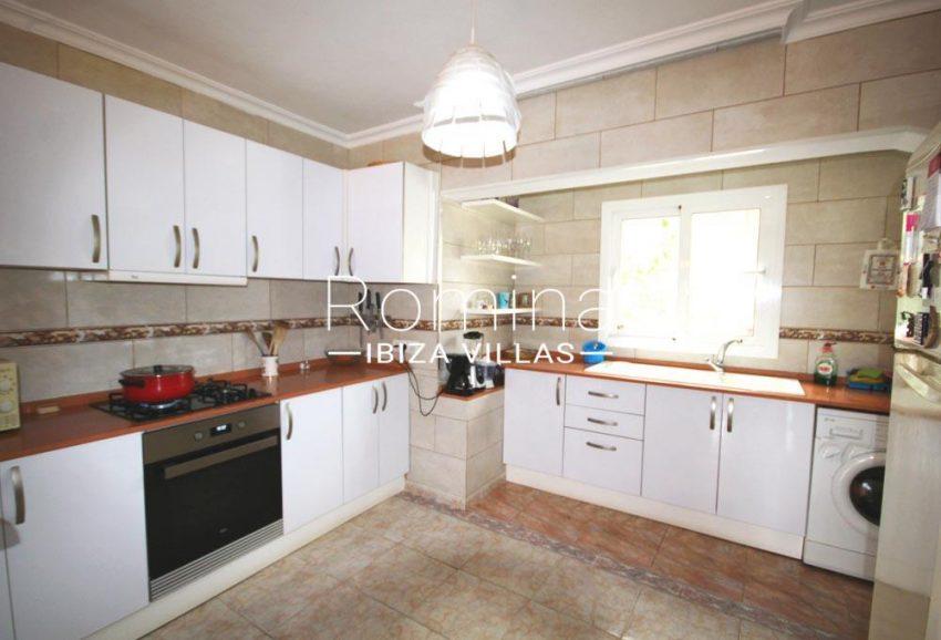 casa alaia ibiza-3zkitchen