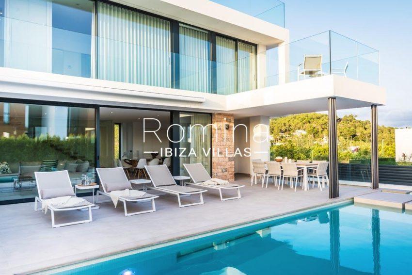 villa berria-2pool facade terrace