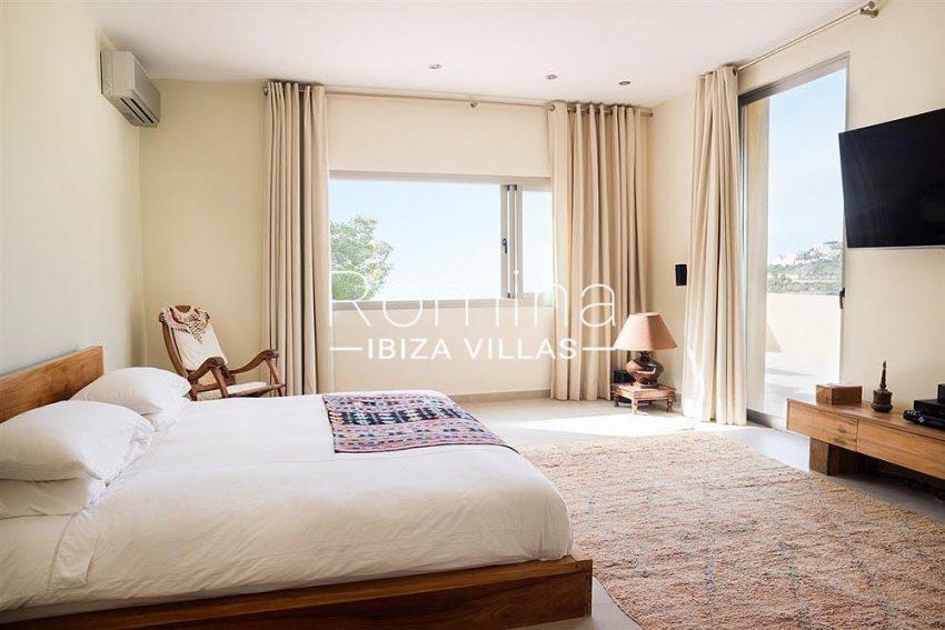 villa jaink-4master bedroom