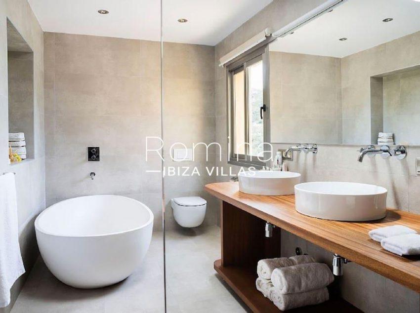 villa jaink-5bathroom