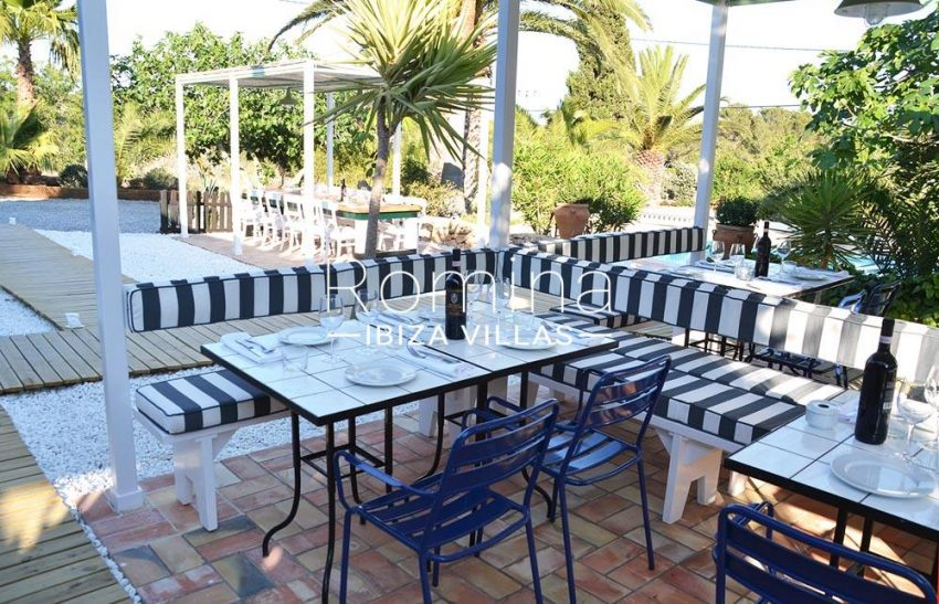 can graner ibiza-2terraces dining tables