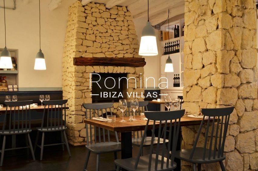 can graner ibiza-3restaurant fireplace