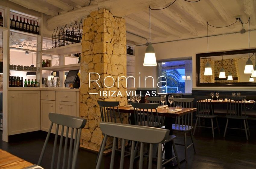 can graner ibiza-3restaurant inside