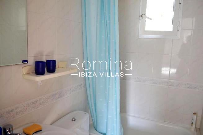 casa alde ibiza-5bathroom