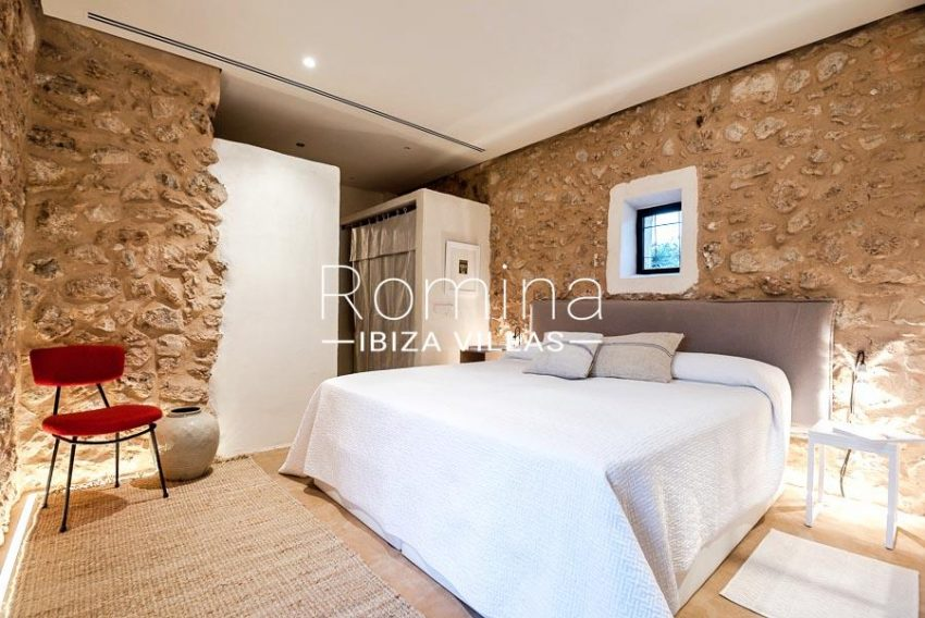 villa yundal J Ibiza-4guest house bedroom